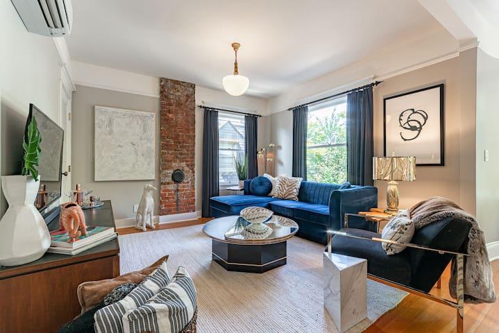 Premium Designer Penthouse, Steps from 23rd!