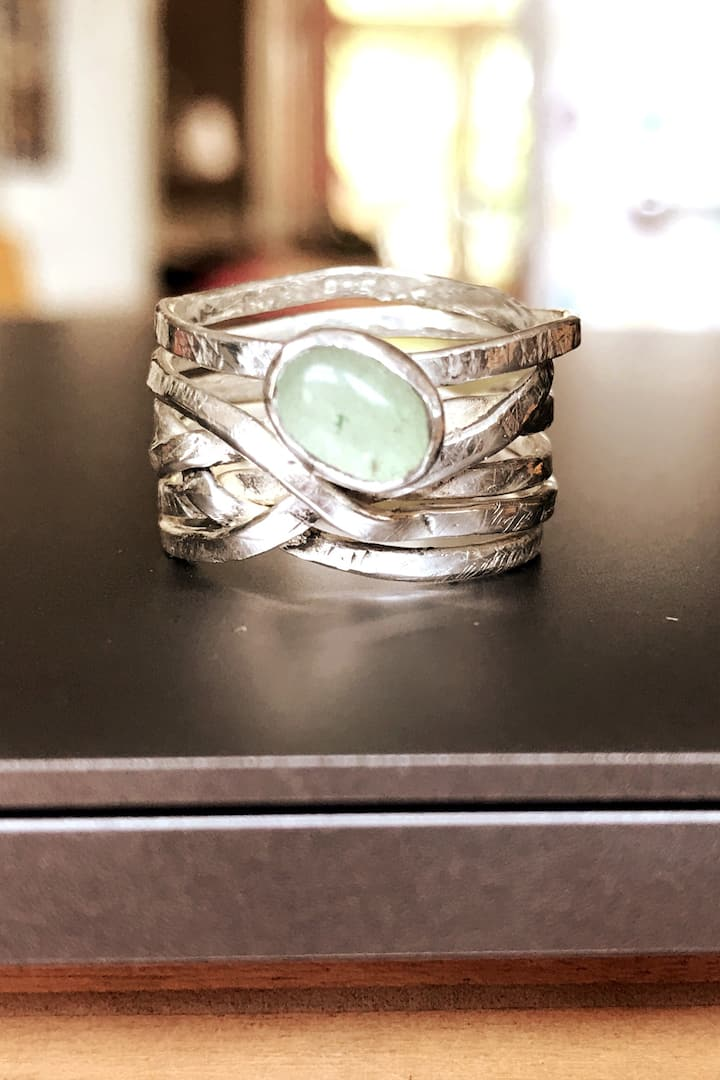 One of the designs with an aventurine