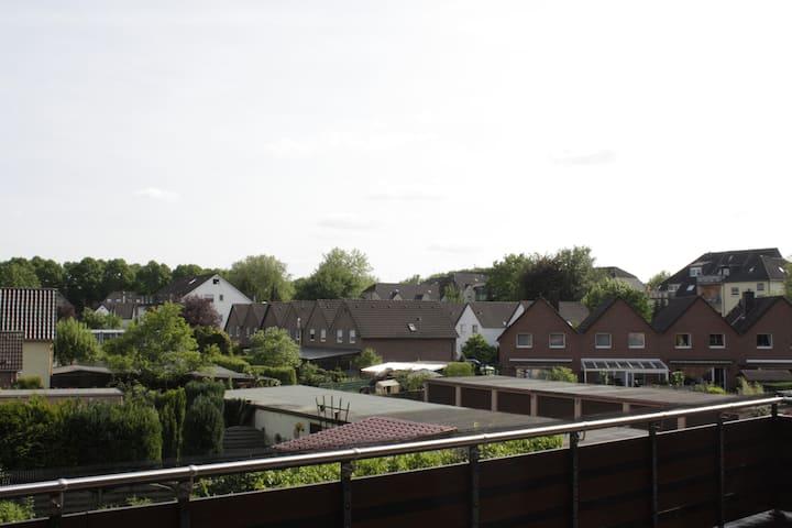 hell & modern – 2 Raum-Wohnung mit großem Balkon