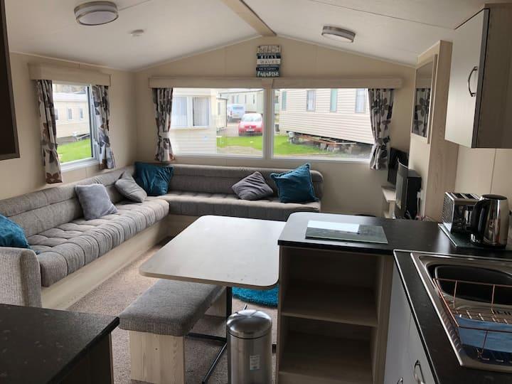 6 Birth Caravan on Marton Mere Blackpool + pool