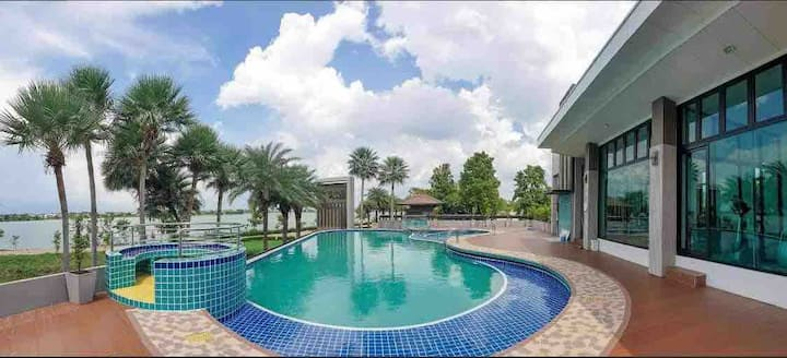 The Lakeside Home @The Spring Place, City KK.