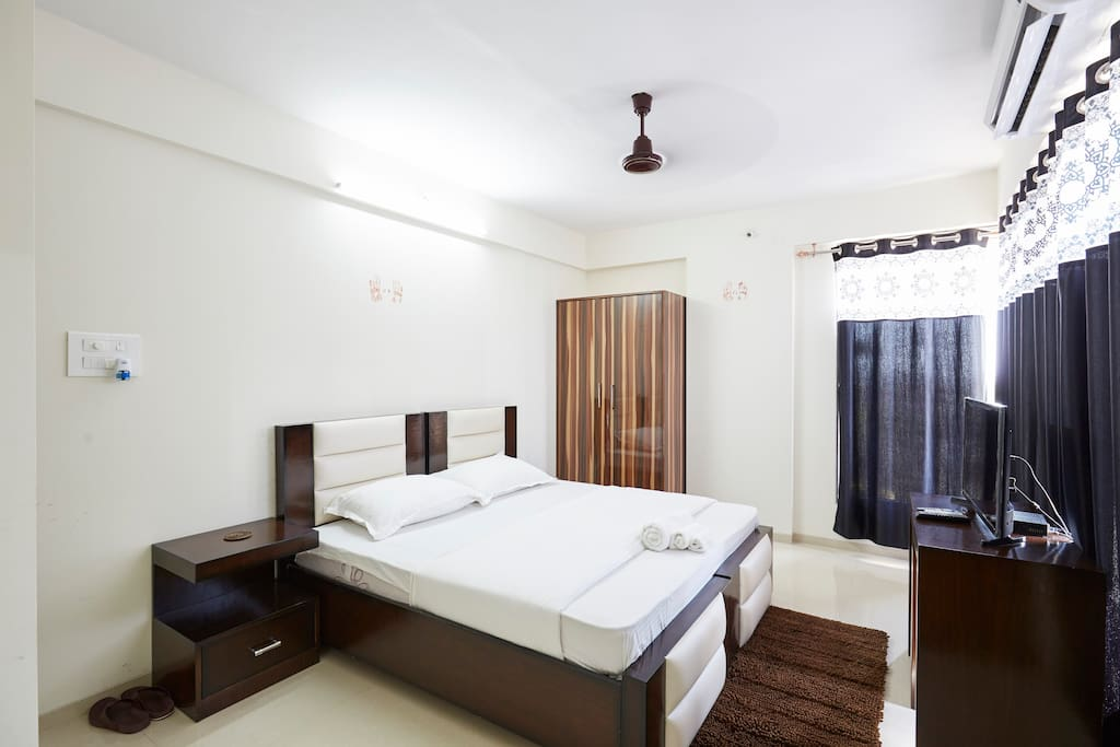 Spacious Private Room in Andheri East - Apartments for ...
