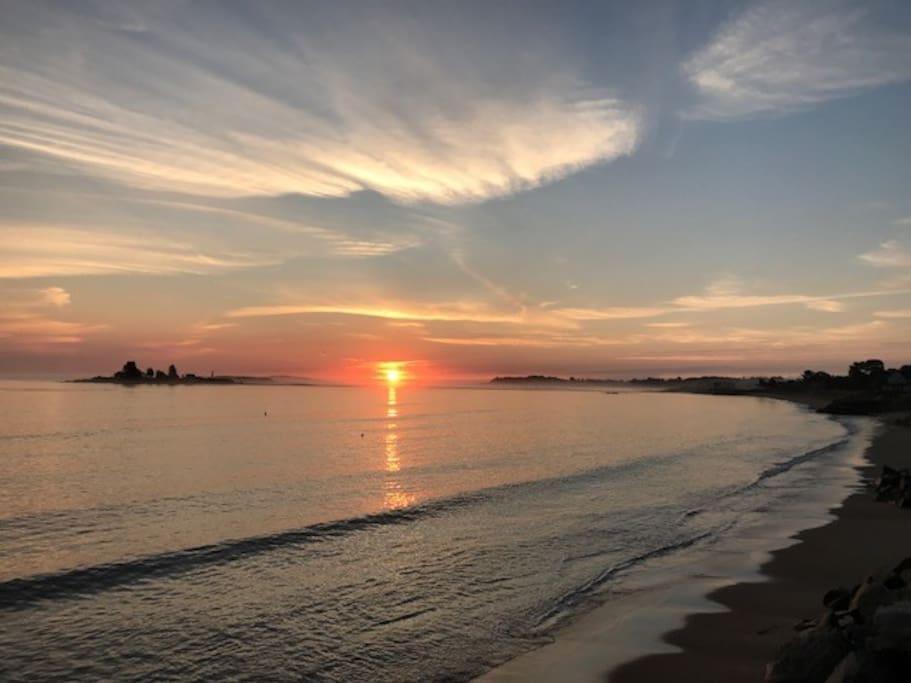 Sunrise at Hills Beach