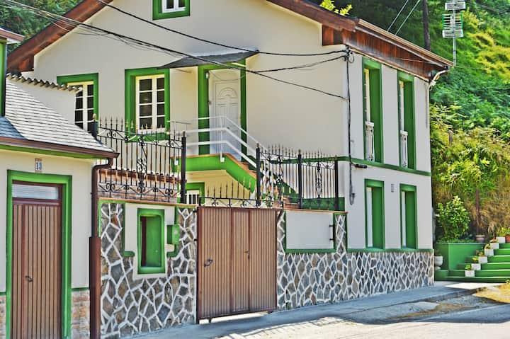 III.Apartamentos La Capitana. Capitana III