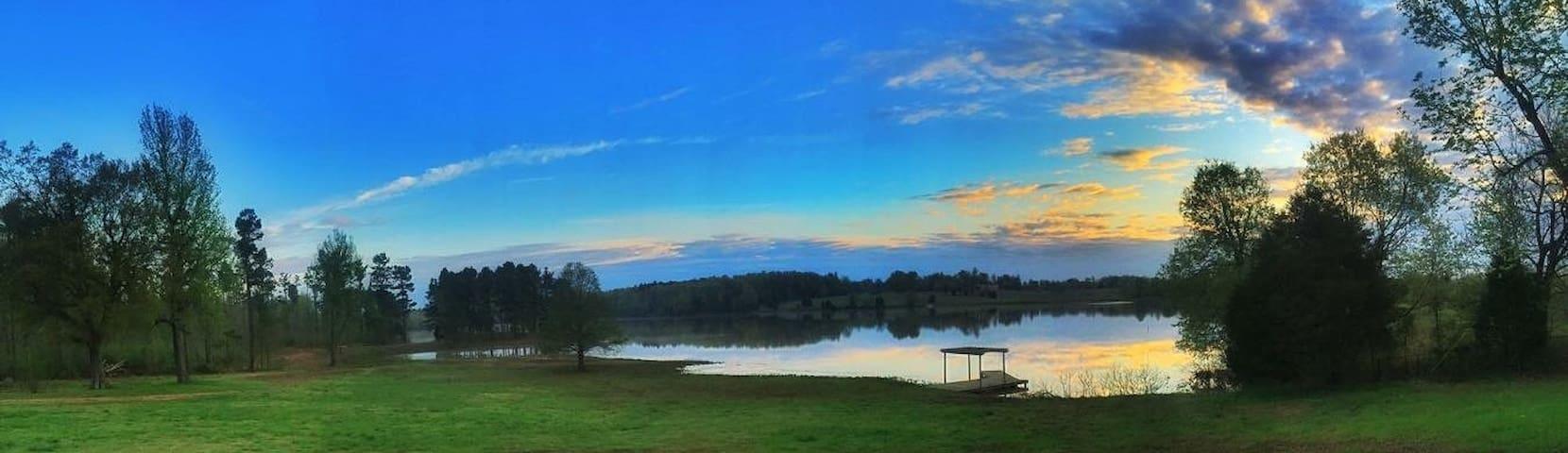 The Lodge at 6 Mile Lake