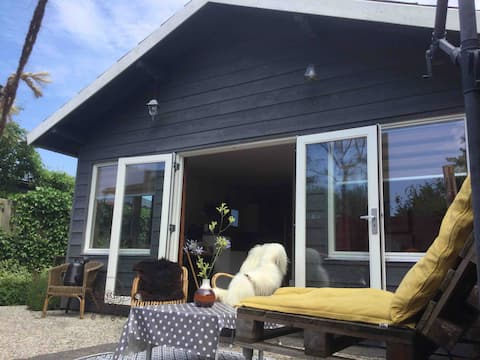 Lovely holiday home Limmen near the beach