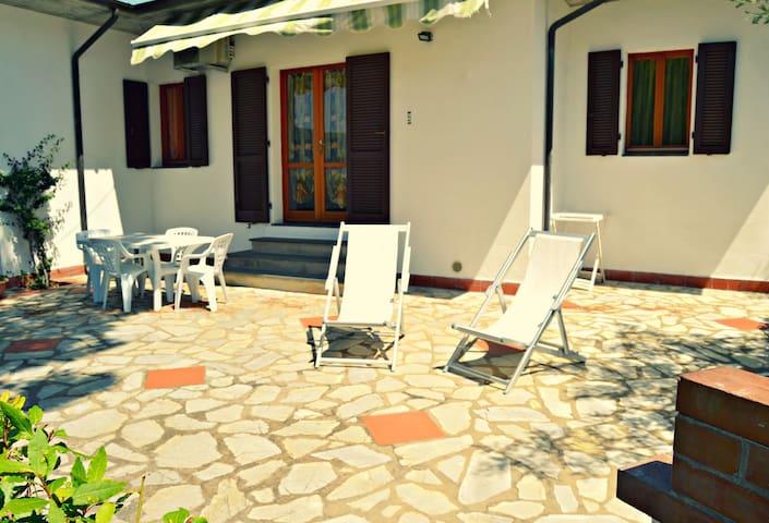 Trilocale n 9 - Lacona - Apartment