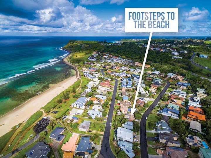 Footsteps to the Beach - Lennox Village Central