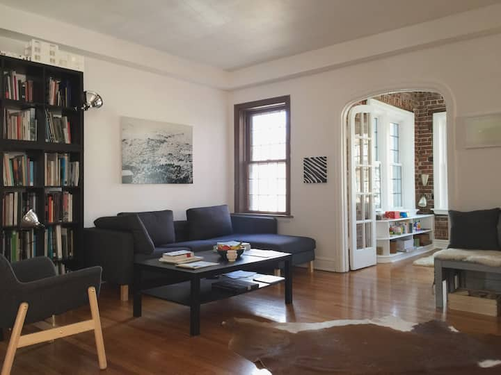 spacious apartment in safe central neighborhood