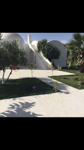 Maison de rêve et calme à 10mn de la ville - Hammamet Sud - Dům