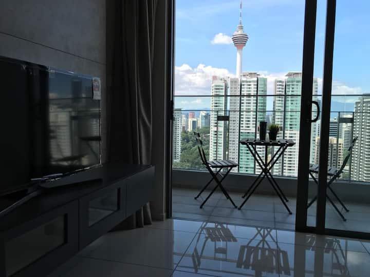 The Robertson Suite-Bukit Bintang-BalconyKLCC VIEW