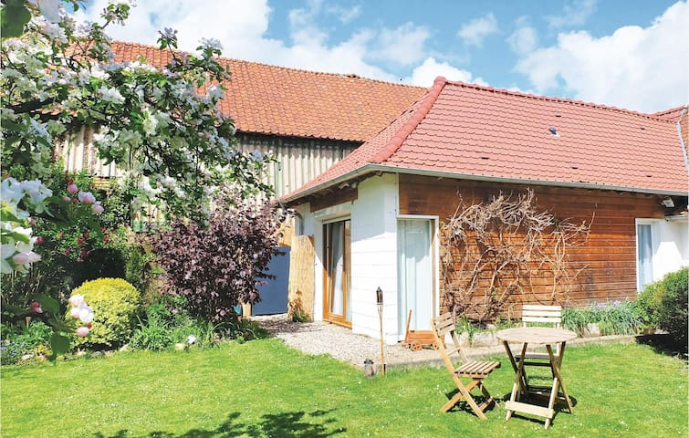 Semi-Detached with 1 bedroom on 28m² in Ligny-sur-Canche