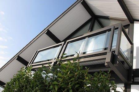 Modernes Traumhaus im Grünen - Kalkar
