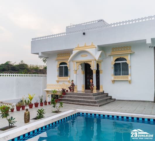 7 BHK ROYAL HERITAGE VILLA W POOL