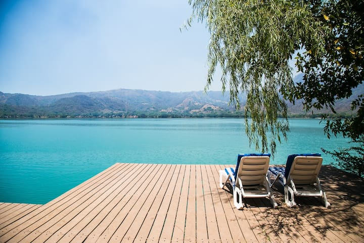 Casa on the Lake - Luxury Living - Couple/Family - Santa María del Oro