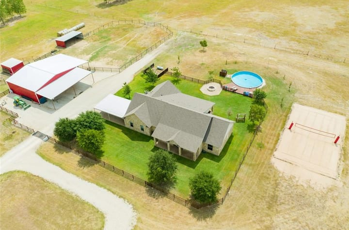 NEW! Beautiful and Relaxing Ranch Home Retreat