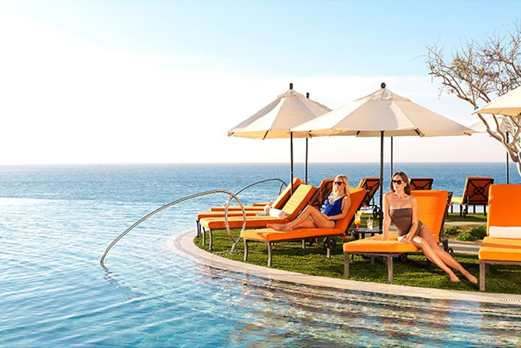 Besides the infinity pools? Peaceful bliss