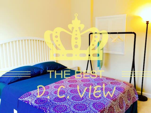 D. C. View + - Arlington - Byt