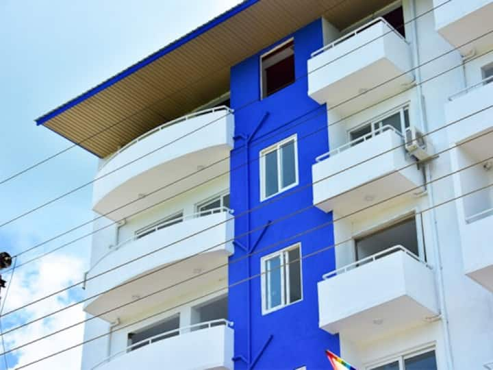 Bright, Stylish Two Bedroom Apartment in Gampaha