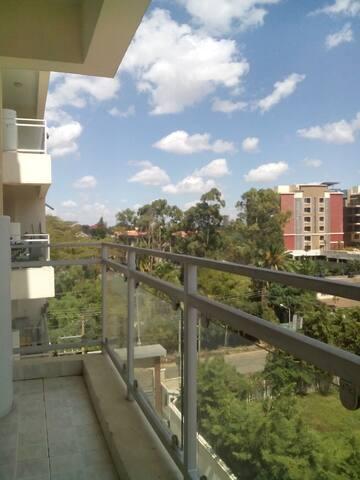 cullinan 2 bedroom near Yaya center has pool gymn - Nairobi - Pis