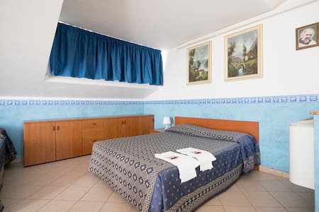 Camera Quadrupla - San Giovanni Rotondo - Bed & Breakfast