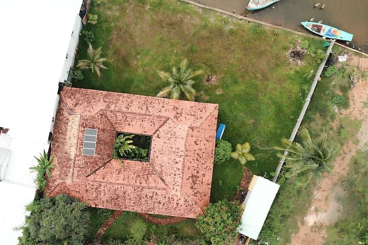 2 Rooms in Unique Vietnamese Cottage Villa