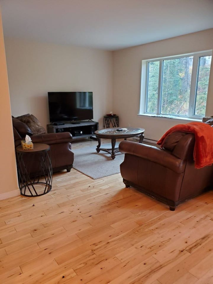 Great private room to call home in Whitehorse!