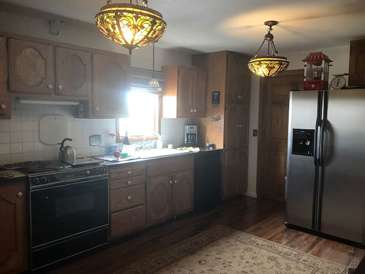 Country home,3 bedrooms to rent for solar eclipse
