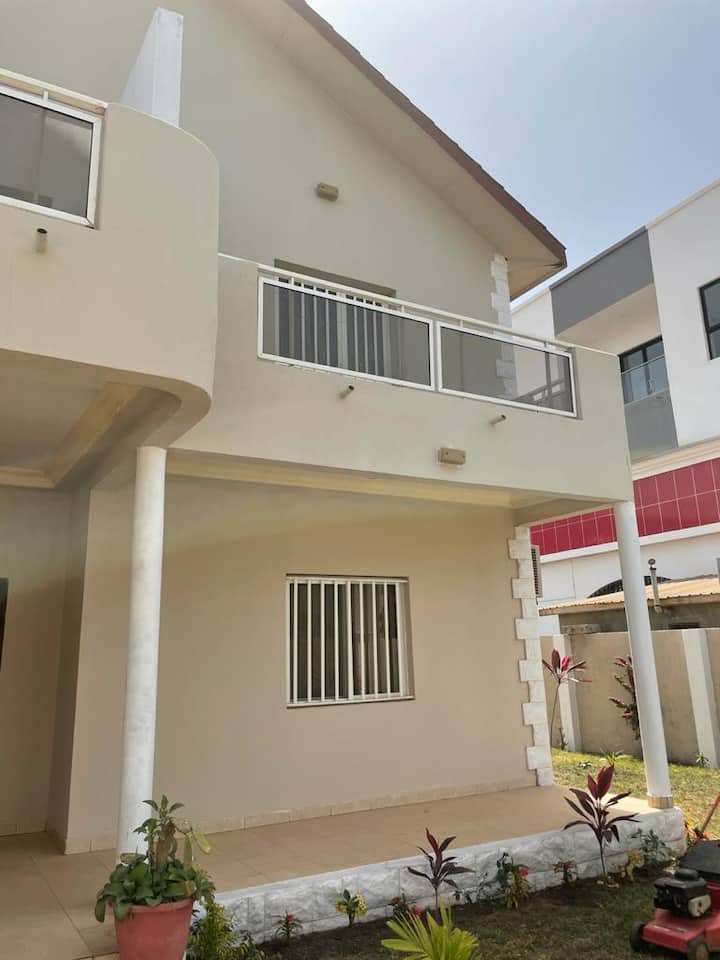 4 bedrooms fully furnished Home , Brufut Gardens