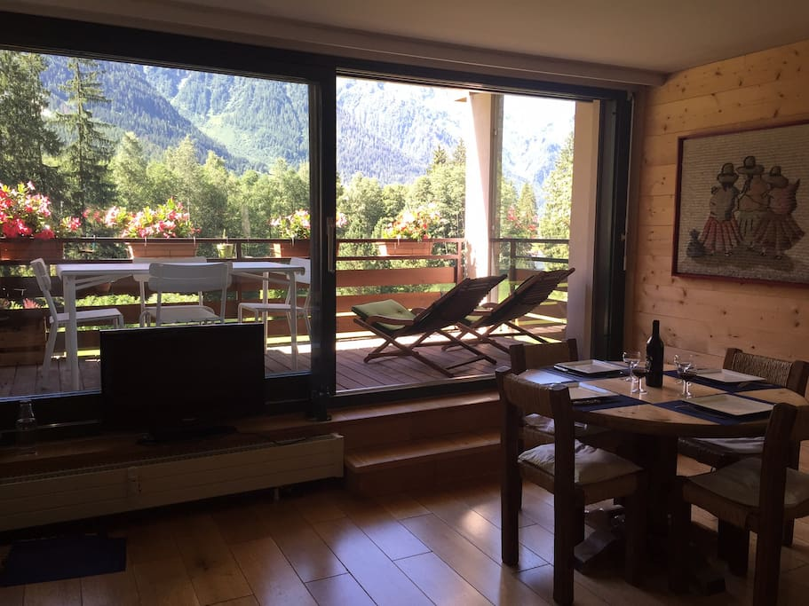 a chamonix espace et confort pour 4 personnes. Black Bedroom Furniture Sets. Home Design Ideas