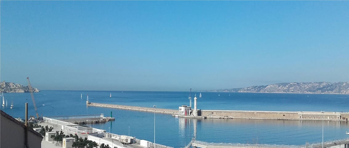 Terrasse avec splendide vue  mer - Marselha - Apartamento