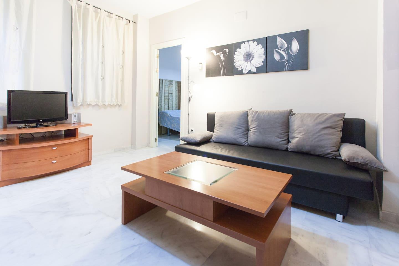 Quiet apartment next to Plaza de San Lorenzo. - Apartments for ...