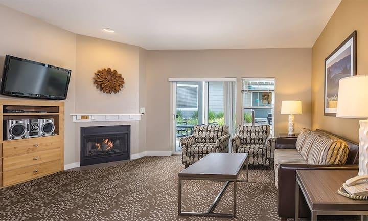 Elegant 1 bedroom Windsor Condo