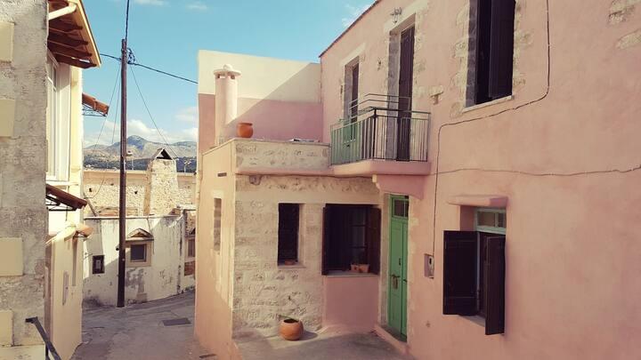 Bohemian Chic Villa overlooking Rethymno
