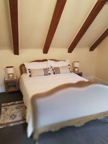 Bedroom 5, upstairs