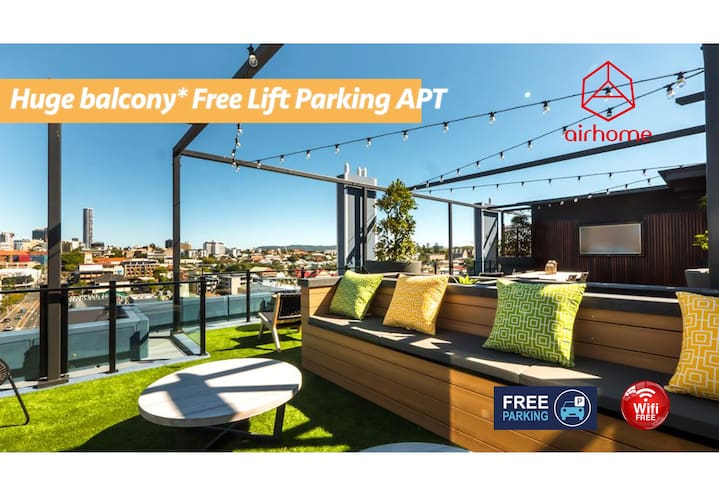 Luxurious 2BR APT | Rooftop Gym + Free Parking