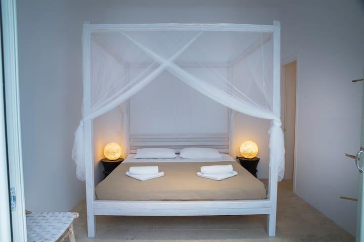 En-suite Bedroom #3