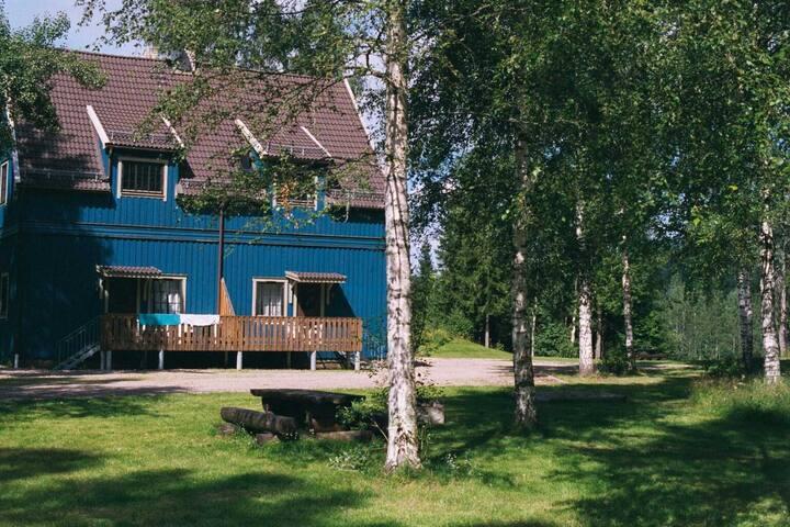 """Mysiga stuglägenheten """"Väster"""" i Branäs Skolhus - Torsby N - Apartament"""