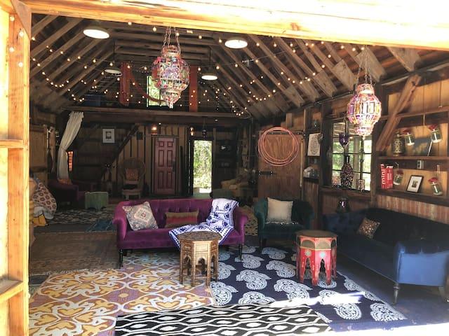 Boho Chic-Shiloh Peace Farm-Live like a wildflower