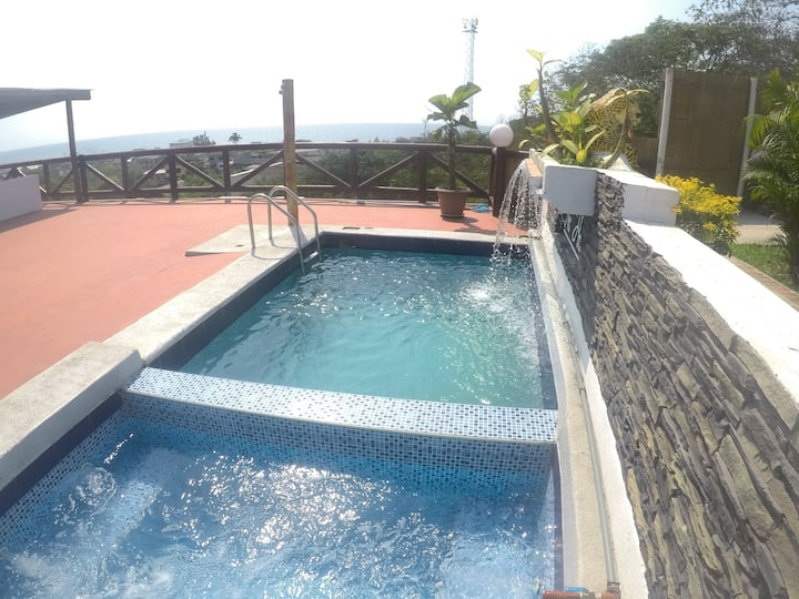 The Heights Montanita, Casa Grande Vista y Jacuzzi