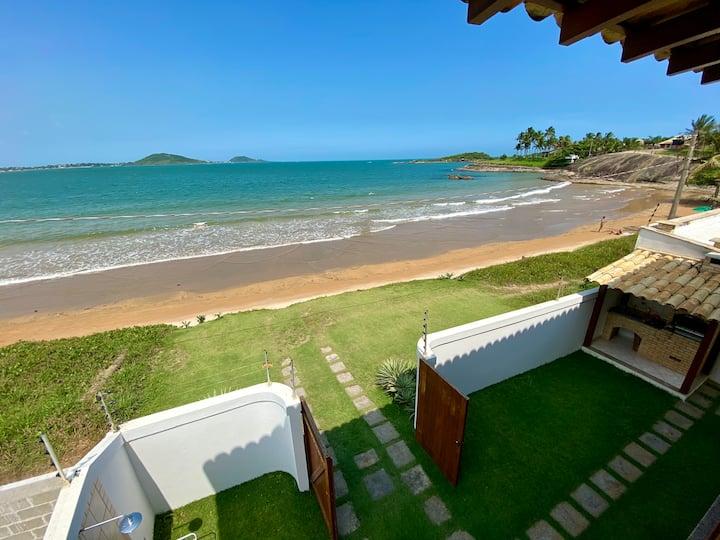Casa Pé na areia- Entre Aldeia da Praia e 3 Praias