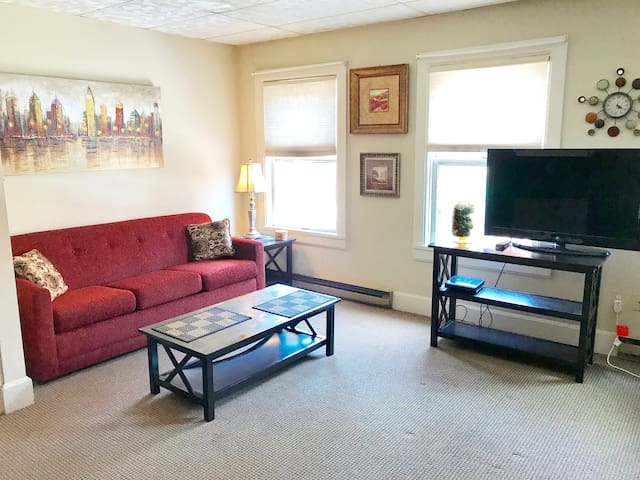 Beautifully furnished apartment located in Galena
