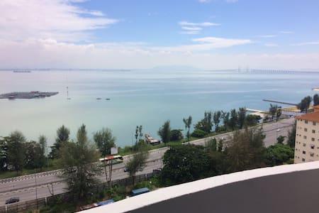 Super Value 3R2B Seaview Apartment - Jelutong