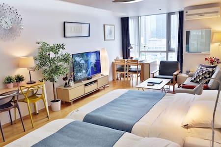 Largest Flat in Gangnam #2 (Premium Bed by Subway)