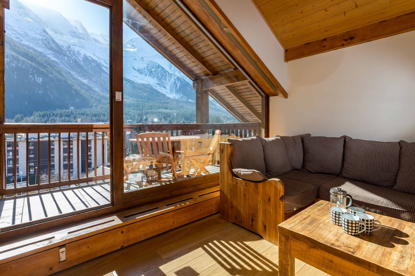 Lounge leading onto balcony with fabulous Mont Blanc views