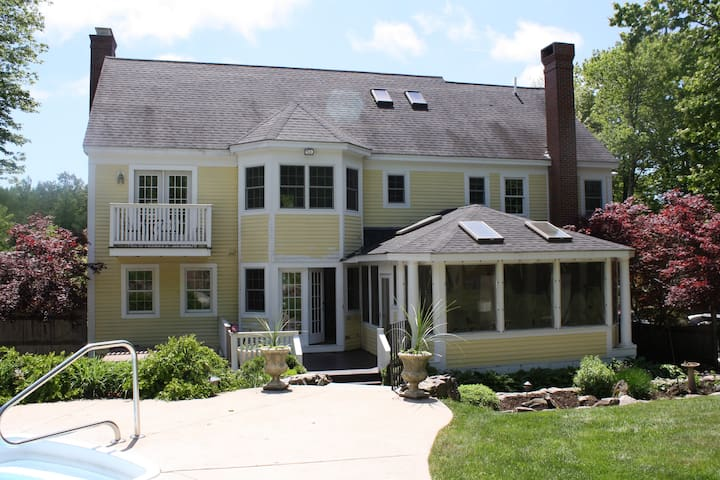 Vacation Home in York, ME - York - Rumah