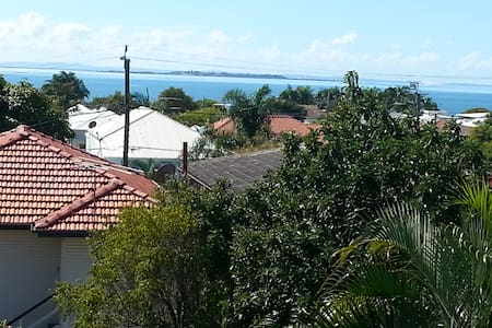 Water views - Wynnum