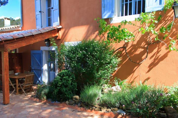 Gite de la Lavande 2-5 pers Piscine chauffée - Châteauvert