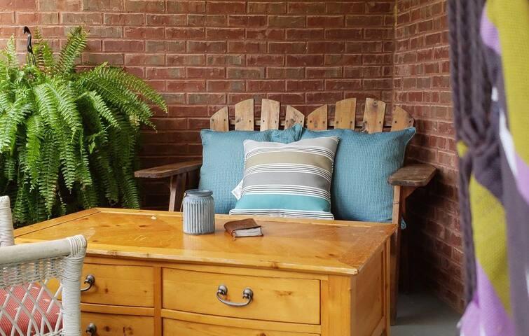 Cozy, Clean & Budget friendly!!