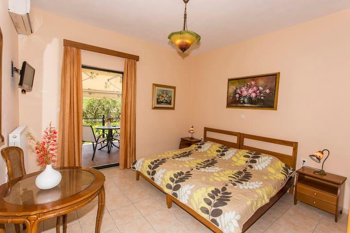 Kanallaki 2017 top 20 kanallaki villa and bungalow rentals airbnb kanallaki greece
